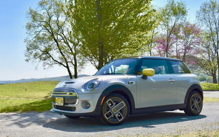 2020 Mini Cooper SE review: It's electric
