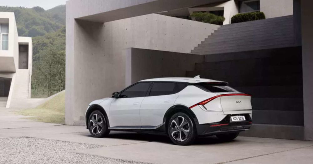 4 electric vehicle trends to keep an eye on in 2021